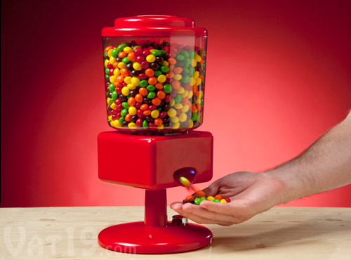 Motion-activated touchless candy dispenser prevents the spread of germs.