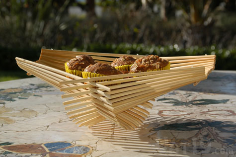 Present your baked goods beautifully in the Chopstick Folding Basket.