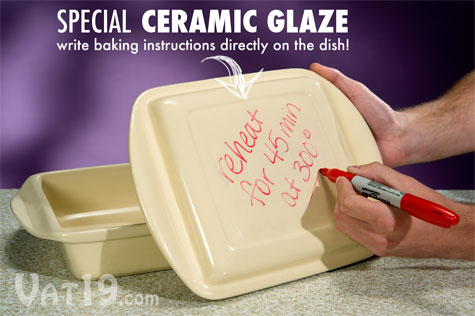 Write directly on the baking dish via the special ceramic glaze on the Make & Take Baking Dish