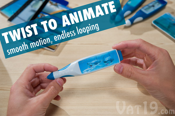 Simply rotate the item to see the lenticular image smoothly animate.