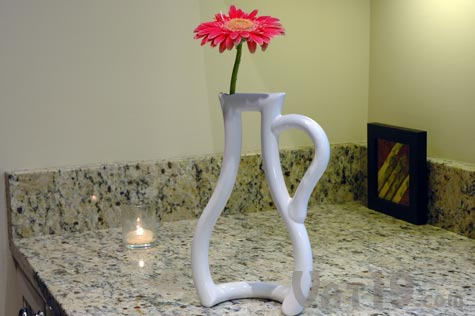 Outline Vase