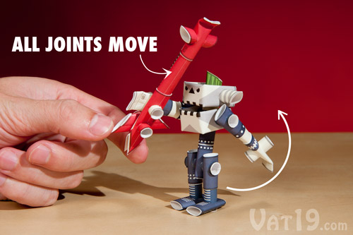Because no glue or tape is used, all of your Piperoid Robot's joints can be moved.