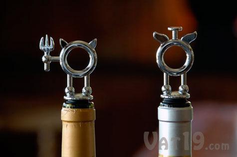 Saint & Sinner Wine Stopper Set